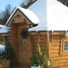 It's cold outside but toasty warm inside! :  Garden by Arctic Cabins
