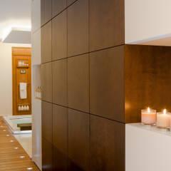 THE JACK WHITE HOUSE : Spa in stile  di STUDIO CERON & CERON