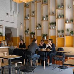 Mango: styl , w kategorii Garderoba zaprojektowany przez DOMagała Design