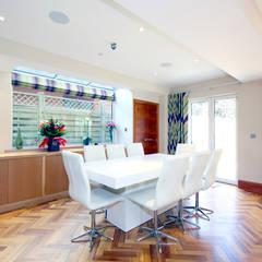 Parquet Flooring :  Dining room by Artistico UK Ltd,