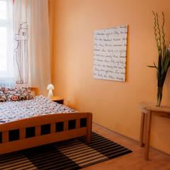 Mieszkanie w Szczecinie po Home staging'u: styl , w kategorii Sypialnia zaprojektowany przez Studio projektowe SUZUME