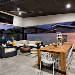 Alfresco, Outdoor Living, Patio, Deck:  Terrace by Moda Interiors
