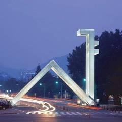 서울대학교 정문_2006: Eon SLD의  학교