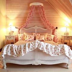 Мастер-спальня.: Спальная комната  в . Автор – Мария Остроумова,