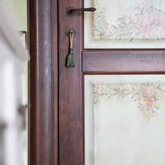 """Дверь фабрики """"NDP"""".: Окна и двери в . Автор – Мария Остроумова,"""