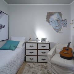 tropische Slaapkamer door Michele Moncks Arquitetura