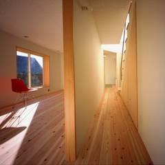 目神山の家 - House of Megamiyama: 林泰介建築研究所が手掛けた子供部屋です。