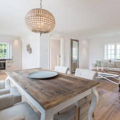 Charmant Home Staging Reetdachhaus Auf Sylt: Landhausstil Esszimmer Von Immofoto Sylt