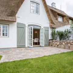 Home Staging Reetdachhaus auf Sylt:  Terrasse von Immofoto-Sylt
