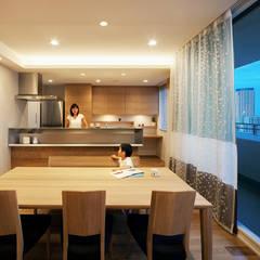 Comedores de estilo  por 株式会社seki.design,
