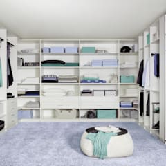 Dressing room by CARE MOBILIARIO MADRID,S.L., Classic