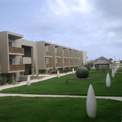 Empreendimento Turístico em Cabo Verde: Hotéis  por Autovidreira