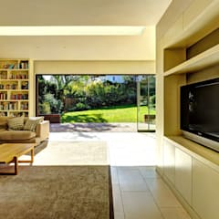 Muswell Hill House:  Media room by Jonathan Clark Architects