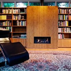 Garden House B.:  Studeerkamer/kantoor door Atelier 010,