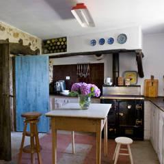 مطبخ تنفيذ Oito Interiores