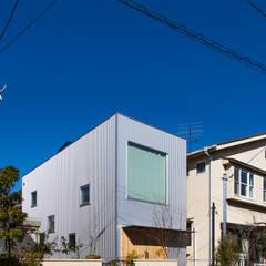 Fenêtres de style  par アトリエセッテン一級建築士事務所, Moderne
