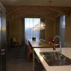 Dining room by KITS INTERIORISME