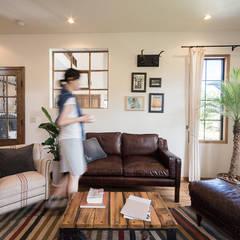 Living room by パパママハウス株式会社