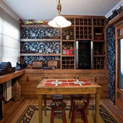 Wine cellar by Adriane Cesa Arquitetura