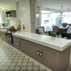 Cocinas de estilo  por Gabriela Herde Arquitetura & Design