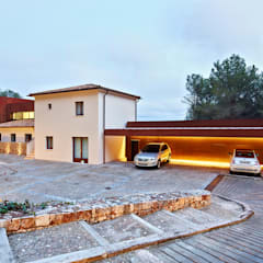 mediterranean Garage/shed by homify