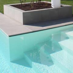 Garden Pool by Marlegno