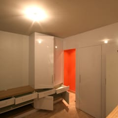 Dressing room by atelier instant t