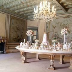 A mesa do bolo, digna de realeza: Locais de eventos  por Lima Limão-  Festas com charme