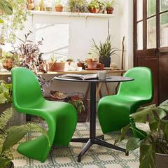 Mobiliario de jardines y exteriores: Jardines de estilo  de Muebles caparros