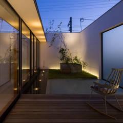 حیاط توسطアトリエ・ブリコラージュ一級建築士事務所, مدرن