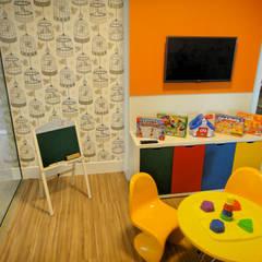 غرفة الاطفال تنفيذ Gabriela Herde Arquitetura & Design , إنتقائي