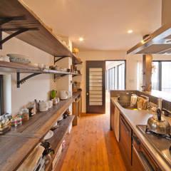 Kitchen by 株式会社リボーンキューブ,