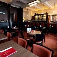 Art Deco verlichting in café:  Gastronomie door De blauwe Deel Webwinkels