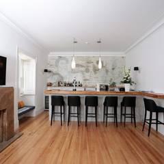 Villa Vasco da Gama | Guest House | Cascais: Cozinhas  por shfa