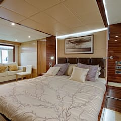 Gulf Craft 75:  Bedroom by Heirlooms Ltd