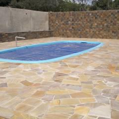 Pool by DECOR PEDRAS PISOS E REVESTIMENTOS