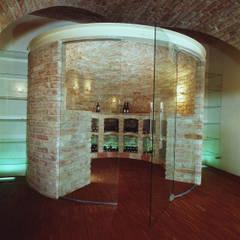 Blick auf den Lagerbereich: klassischer Weinkeller von Jahn Gewölbebau GmbH