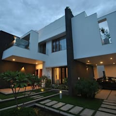 Houses by Muraliarchitects,