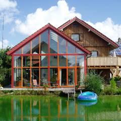 Altbausanierung eines ehemaligen Bauernhofes: landhausstil Wintergarten von Zimmerei & Holzbau Wolfgang KIechle