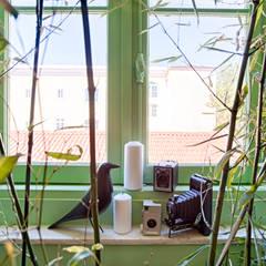 Social Network Room: Escritórios  por Santiago | Interior Design Studio ,