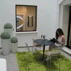 minimalistic Garden by Rooms de Cocinobra