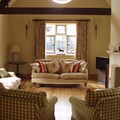 Sitting Room:  Living room by Rachel Angel Design