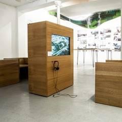 Exposition S&AA à la galerie d'architecture de Paris: Centre d'expositions de style  par FØLSOM