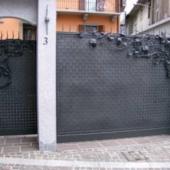 Houses by CMG Costruzioni Metalliche Grassi
