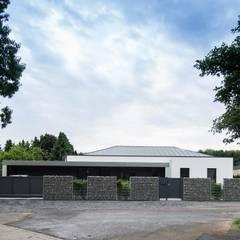 Haus_gra:  Häuser von aprikari gmbh & co. kg