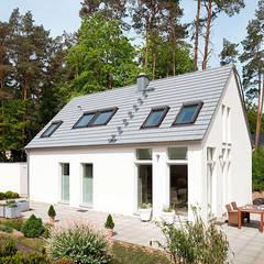 HAUS GROSS GLIENICKE:  Häuser von Müllers Büro
