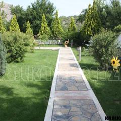 حديقة تنفيذ Kralkaya Peyzaj Havuz Fıskiye Sist. ve Pompa Mim. Müh. İnş. Ltd. Şti
