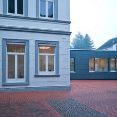 عيادات طبية تنفيذ Lecke Architekten
