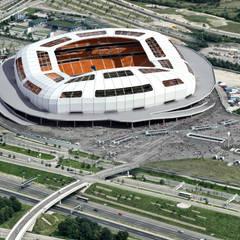 FOOTBALL STADIUM / KARAGANDY: Стадионы в . Автор – Lenz Architects