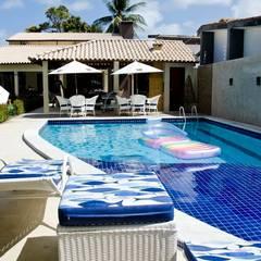 Tropical style houses by Celia Beatriz Arquitetura Tropical